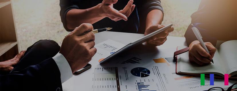 Um sistema de gestão de vendas é um softwaredesenvolvido para simplificar o processo de vendas, melhorando sua tomada de decisão.